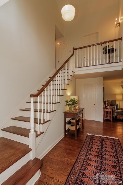 新农村自建房楼梯设计,别墅开放式的楼梯设计效果图