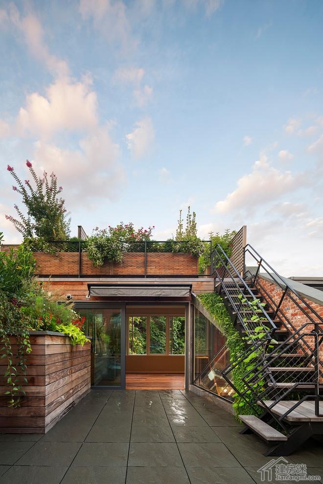 新农村自建房露台以及庭院装修效果图,别墅露台以及庭院装修都可以图片