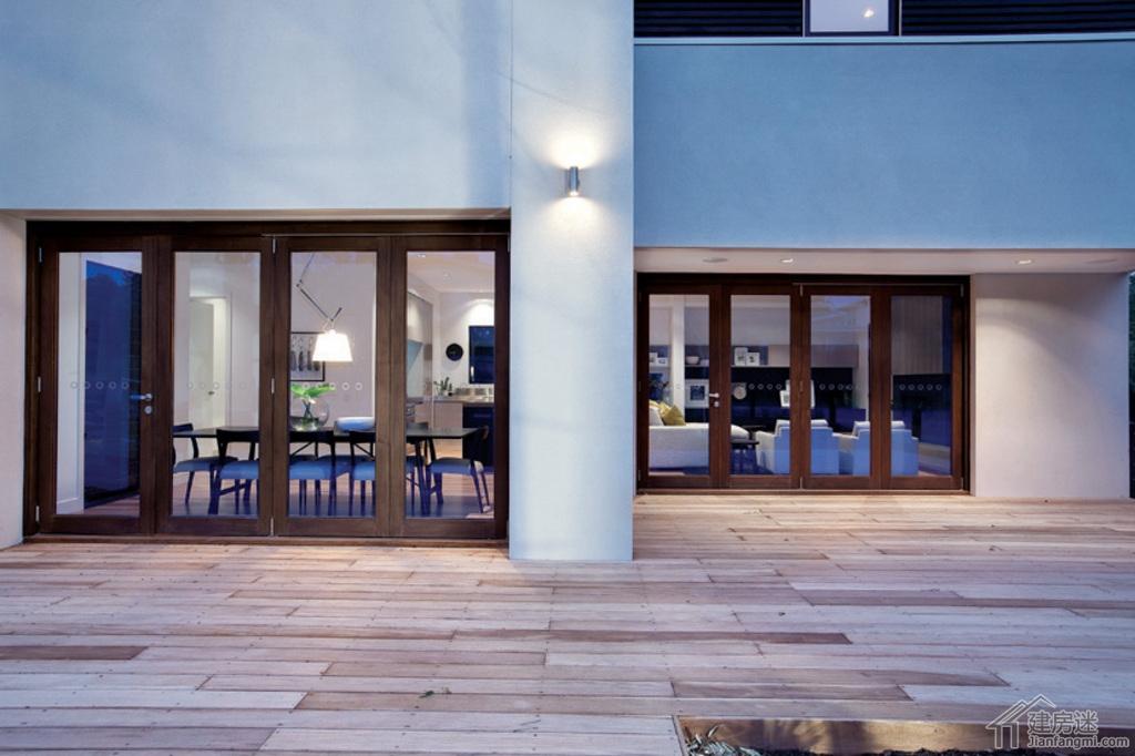 现代简约风格新农村自建房屋设计图免费下载25米x12米两层带车库